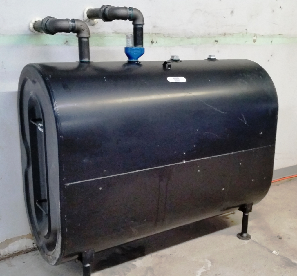 fuel oil storage tank