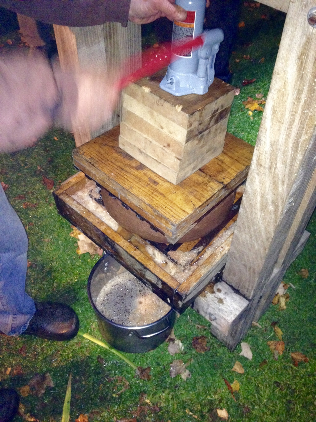 Apple Press in Action
